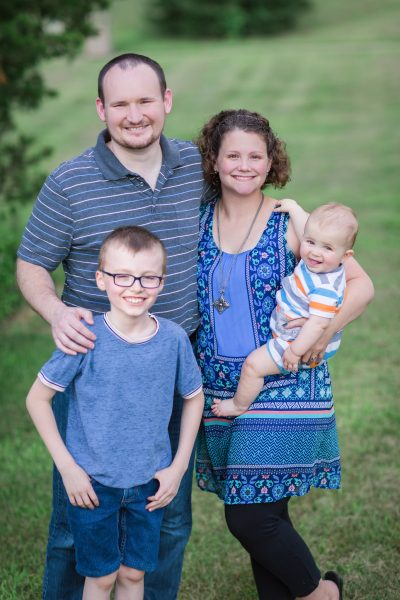 Devan & Danielle – Family Photos – 7.25.19